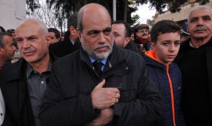 Lynchage de Soltani à Paris : Mokri accuse le MAK, Ferhat Mehenni dément