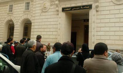 Affaire Tahkout: Ouyahia, Sellal, huit ministres et plusieurs directeurs devant le tribunal de Sidi M'hamed