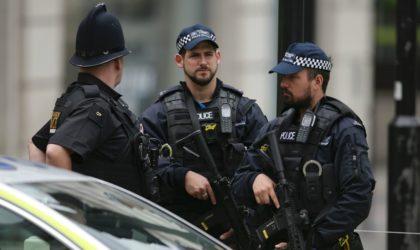 L'auteur des menaces contre les manifestantes en Algérie arrêté en Grande-Bretagne