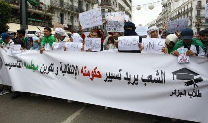 Les internautes réagissent en masse aux «louvoiements de Bouteflika»