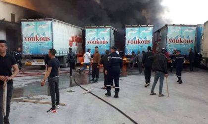 Un important incendie ravage l'usine d'eau minérale de Hammamet suite à des manfestations