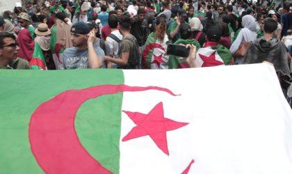 Décès d'un manifestant d'un arrêt cardiaque à Alger
