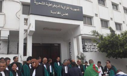 Sit-in des magistrats de la Cour des comptes pour exiger le départ de son président