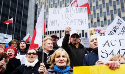 Des milliers de personnes manifestent à Varsovie contre la restitution des biens juifs