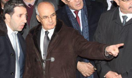 Ouyahia, Yousfi, Oulmi et 50 cadres devant le tribunal de Sidi M'hamed