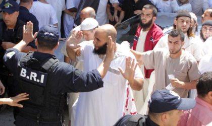 Des extrémistes religieux rackettent les gérants de débits de boissons à Oran