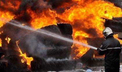 Un énorme incendie ravage un marché alimentaire d'Ajman aux Emirats arabes unis