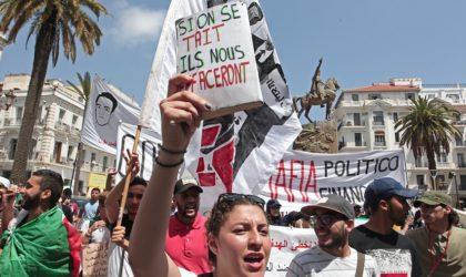Les étudiants sortent massivement pour exiger un «Etat démocratique»