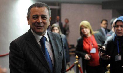 L'Obs enquête sur les biens acquis par les fonctionnaires algériens en France