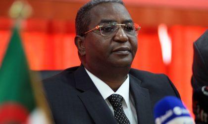 Liberté provisoire pour le ministre du Tourisme Abdelkader Benmessaoud