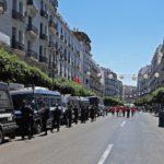 Alger barricadée
