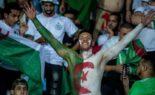 Les supporters bravent la menace et chantent «yetnahaw gaâ» au Caire