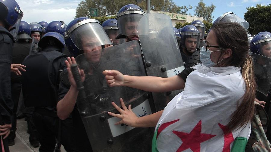 manif 2 Algériens