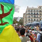 manif étendard amazigh