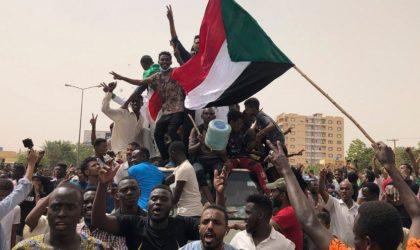 En avance sur l'Algérie : l'armée soudanaise remet le pouvoir aux civils