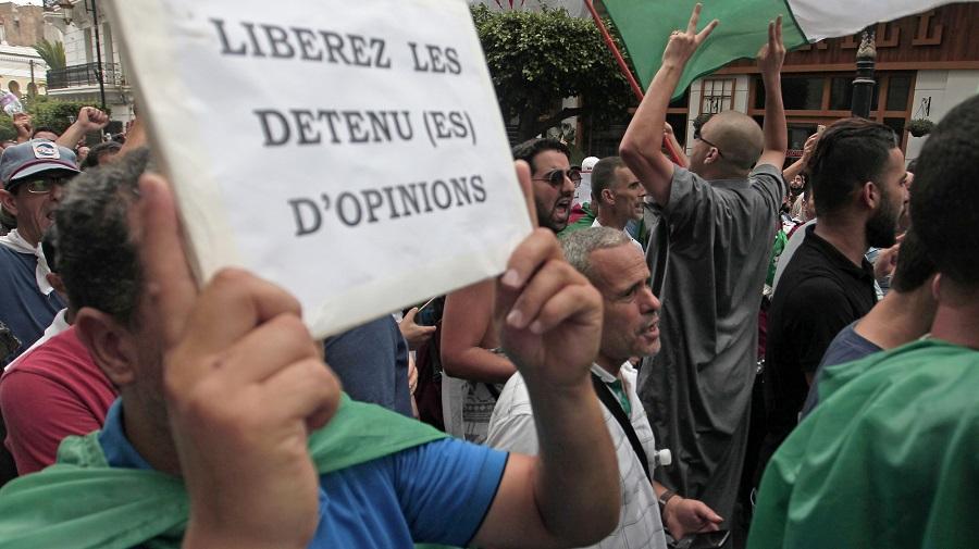 Sidi M'hamed manifestants