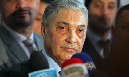 Réapparition timide d'Ali Benflis : les prochaines élections en ligne de mire ?