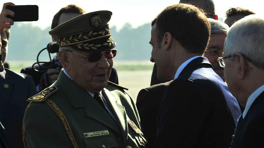 Macron éditorial