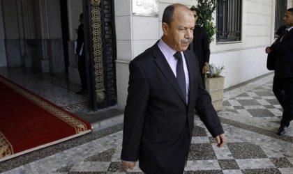 Gaïd-Salah ordonne à Zeghmati d'aller «jusqu'au bout» dans l'abus de pouvoir