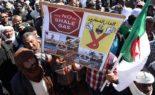 Les Algériens scandent «l'Algérie est vendue par les traîtres» devant le Parlement