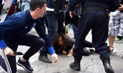 Les étudiants malmenés par la police à Alger-Centre