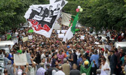Phénoménales marches des étudiants à travers le pays