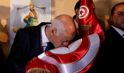 Pourquoi l'illégitime Bensalah fait des appels du pied au Président tunisien élu