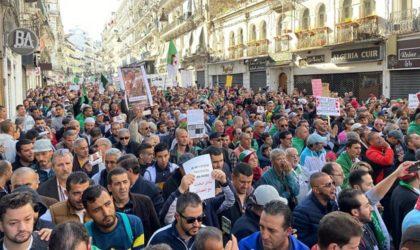 Alger : les citoyens manifestent pour le 50e vendredi