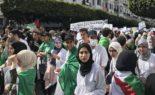 55e mardi de marche des étudiants à Alger