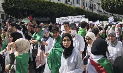 Les étudiants confirment la poursuite de leur mouvement sous l'ère Tebboune