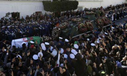 Le coup médiatique de l'enterrement «populaire» de Gaïd-Salah a-t-il réussi ?