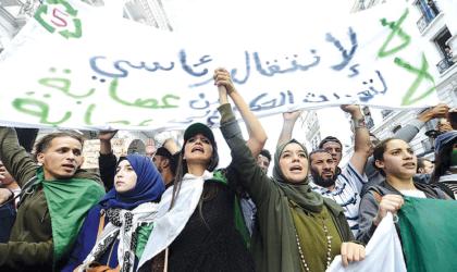Les étudiants continuent de manifester pour un changement radical