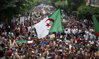Alger : les citoyens manifestent pour le 44e vendredi