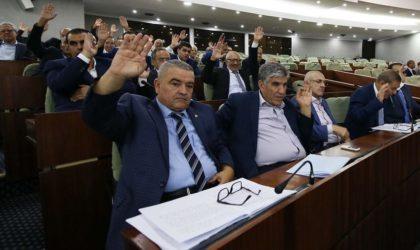 La guerre de positions pour prendre d'assaut le futur Parlement a commencé