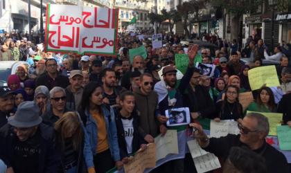 Les étudiants exigent «une rupture totale» avec le système de gouvernance actuel