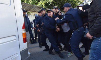 Plusieurs arrestations d'enseignants du primaire lors d'un sit-in empêché à Alger