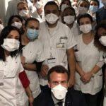 med Emmanuel Macron