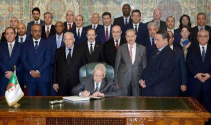 L'ex-gouverneur de la Banque d'Algérie révèle le secret de nos lois de finances