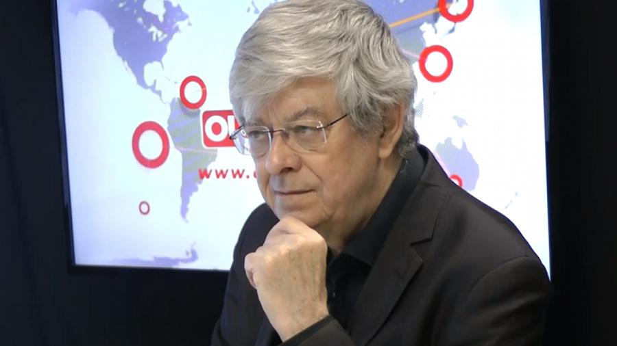 FG François Gèze