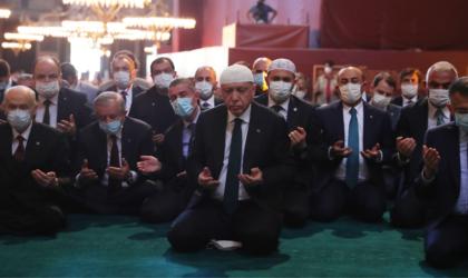 Eglise Sainte-Sophie ou Grande Mosquée : la politique éclipse la paix