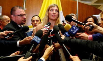Des Nobel de la paix appellent la France à nettoyer les sites nucléaires en Algérie