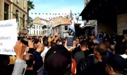 Des militants de Béjaïa mettent à nu les manœuvres de Rachad en Kabylie