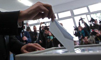 Référendum sur la Constitution : le corps électoral convoqué pour mardi prochain