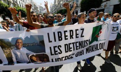 Imposante marche à Kherrata pour la libération des détenus d'opinion
