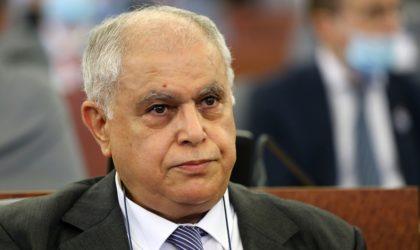 Attar condamne l'attaque contre des installations pétrolières en Arabie Saoudite