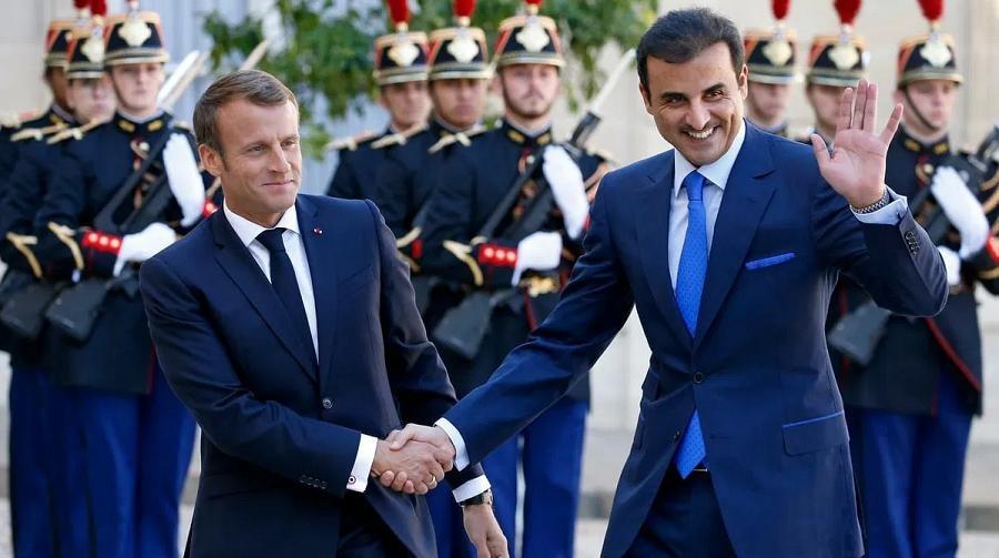 Macron Qatar