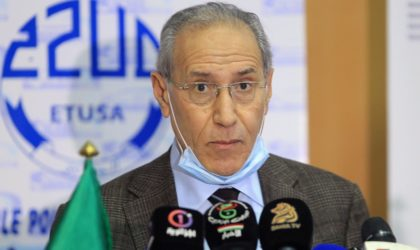 Les raisons du limogeage du ministre des Transports et du PDG d'Air Algérie