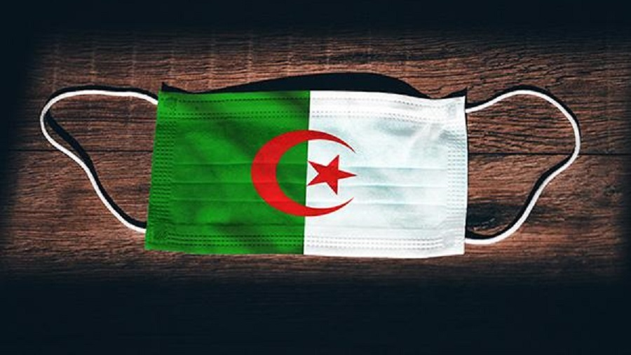 lycéen masque drapeau algérien