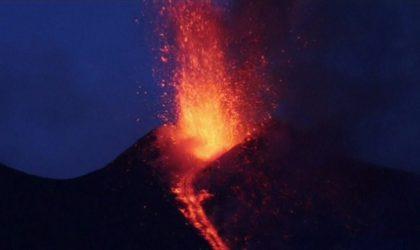 En Sicile, le spectacle de l'Etna en éruption