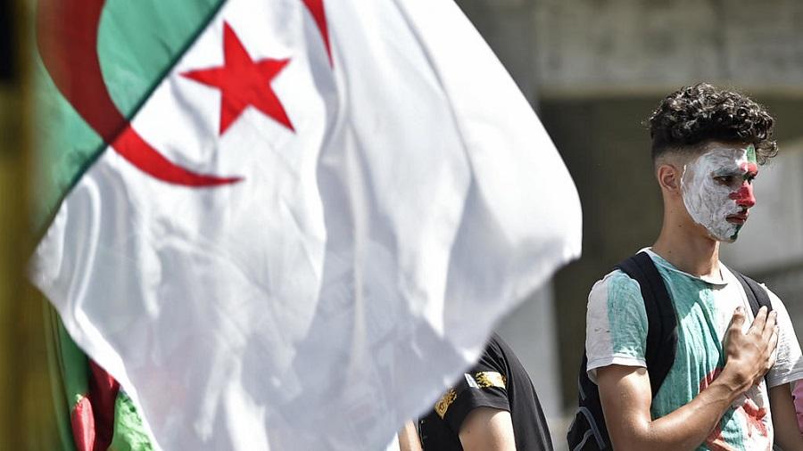 jeunes l'Algérie